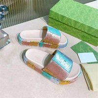 Summe Lüks Tasarımcı Slidersr Sandalet Moda Erkekler Plaj Kapalı Düz Flip Flop Deri Lady Kadın Ayakkabı Bayanlar Terlik Boyutu 35-45 Kutusu
