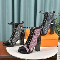 2021 Stylist Stiefel Druck Martin Stiefel Plattform Arbeitsschuh Snow Boot Lady Braun Schwarz Weiß Ankle Stiefel Winterschuhe mit Kiste