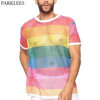 Malla de arco iris de los hombres Vea a través de la camiseta de FishNet sexy de manga corta Tshirt transparente Homme Hip Hop Streetwear Camisetas 5xl