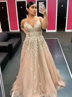 Fashion V-neck Spaghetti Straps Evening Dresses with Lace Appliques A-line Long Prom Gowns