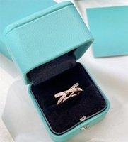 Luxus-Frauen Ring Rose Gold Mode Ring Marke Hohe Qualität Luxurys Mens Diamond Ringe Womens Designer Schmuck 678