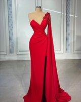 Elegante rote Meerjungfrau Abendkleider Eine Schulter Langarm Dubai Arabische Seite Split Handgemachte Blumen Perlen Bodenlangen Abschlussballkleid Vestidos de Fiesta Custom