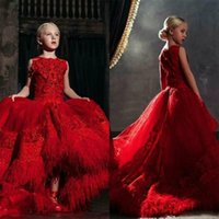 Vermelho High Low Meninas Pageant Vestidos 3D Floral Appliques Rendas Penas de Laço Varredura Festa de Comboio Vestidos de Aniversário Flor Menina Vestido para Casamentos
