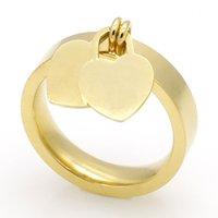 Modeschmuck 316l Titan Gold-plattierte herzförmige Ringe T-Buchstaben-Buchstaben doppelte Herzring weiblicher Ring für Frau 3 Farbe