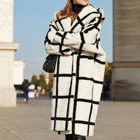 Women's Wool & Blends Casual Hooded Plaid Teddy Lazy Loose Coat Women Long Coats Winter Fashion Female Fur Overcoat Office Lady Trench Overs