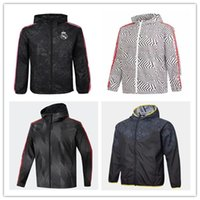 2021 Futebol impermeável Jaquetas de Windbreaker 21 22 Camisola de Futebol Capuz Windbreaker Jaqueta de futebol Sportswear Respirável