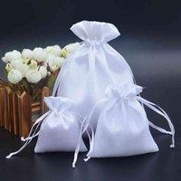 50pcs blanche satin cordon de cordon / cheveux / bonbons / bijoux / collier / bagues emballage emballage tissu en soie sac cadeau sac de voyage
