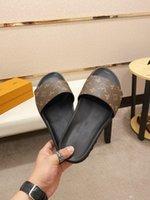 Q1 cosslony männer halber schuh 21 ss luxus marken LEDER LASTE 38 ~ 46 Hausschuhe Sandalen Klassische Maultiere Folien Outdoor Man Quaste Schuhe 22