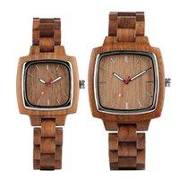 Bracelets Yisuya Couple Wood Wood Women Femmes Bracelet en bois Création Carré Créatif Horloge Horloge lumineuse Mains Lovers de quartz Cadeaux