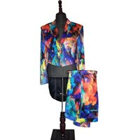 Llegada 2021 Mens Fashion Print Set de dos piezas Swallowtail Traje Boda Groom Stage Singer Party Dress Detalle TUXEDOS Trajes de hombre Blazers