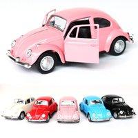 Diecast Tirez le modèle de voiture Toys Alliage Vintage Pullback 1:32 Cars Échelle Jouet