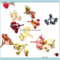 Dekoratif Festival Malzemeleri Ev Gardendecorative Çiçekler Çelenkler 10 adet / grup 6-7 Kafaları Mini Kiraz Küçük Çilek Yapay Buket 3D DIY
