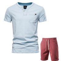 Chevaliers pour hommes Aiopeson Top Qualité Casual Ensembles Couleur Solid Summer T-shirts T-shirts + Shorts Deux Morce Hommes Col V Vêtements à manches courtes