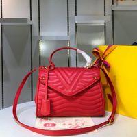 Kwaliteit Crossbody Bag Wave Top Handvat Handtas Golvend Gewatteerd en Smooth Calf Skin Pakket Microfiber Voering