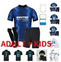 Kits pour enfants adultes 2021 2022 Inter Lautaro Skriniar Soccer Jerseys Full 20 21 22 Kit de chemise de football pour hommes Barella Lukaku avec chaussettes