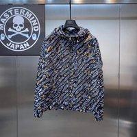 2022 남성용 디자인 재킷 2021 스트라이프 슬림 포켓 망 윈드 브레이커 자켓 캐주얼 야구 남성용 후드 웨스트 겨울 따뜻한 겨울 유지