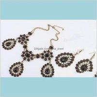 Boucles d'oreilles Ensembles bijoux européen vintage style bronze métal métal cristal strass pendentif collier pendentif eau boucle de boucle d'oreille 4SetsLot goutte