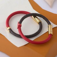 Europa américa estilo senhora mulheres redonda design flor design gravado letra metal hardware snap fixener dupla cor pulseira pulseira pulseira
