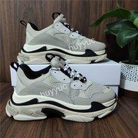 أعلى جودة عارضة الأحذية الجديدة باريس أزياء 17fw الثلاثي s أحذية أحذية الرجال النساء الأسود الأخضر الأبيض خمر القديم أبي الجد حجم 36-45