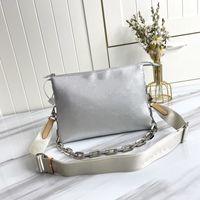 Donne Lussurys Designer Borse 2021 Coussin Piccola borsetta Monogram Monogram Germania Pelle di pecora lanuginosa per creare una borsa a tracolla Cinturino Crossbody Bag M57993 26x20x12cm