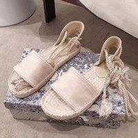Clássicos mocassins espadrilles luxurys designers sapatos tênis lona e verdadeiro lambskin Dois tons tampão dedo do pé mulheres sapato home011 16