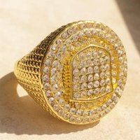 Cluster Rings Milangirl Luxury Hip Hop Micro Pave Stones All Iced Out Creative Badge Pattern Ring Big For Men Jewelry