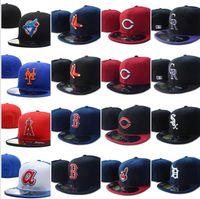 Wholesale хорошее качество Все команды Braves бейсбол встроенные шляпы гигантов SF Нью-Йорк мужские полные замкнутые плоские козыреки Rangers Cap Size Mix Mix O