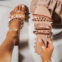 Flop Üst Tasarımcı Ayakkabı Slaytlar Yaz Plaj Kapalı Daire G Sandalet Terlik Evi Çevirme Spike Sandal Kutusu Ile