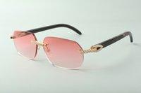 Designer medium diamond sunglasses 3524024 with black textured buffalo horn legs glasses,Direct sales, size: 18-140mm