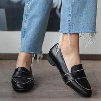 Mio Gusto 브랜드 로빈, 블랙 / 탄 / 피부 색상, 2cm 낮은 힐, 훌륭한 품질 편안한 캐주얼 여성의 로퍼 신발