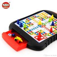 Mini ajedrez de ajedrez Edicios magnéticos Juegos de ajedrez de plástico Juegos de juguete para niños Portátil Juegos de ajedrez Junta de ajedrez Familia Puzzle Juego Regalos