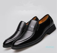 High quality Formal Dress Shoes For Gentle designers Men Slip-On Black Genuine Leather Shoes Mens Business Casual shoes cheap