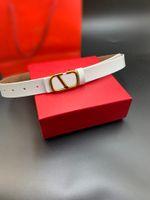 Luxo 2021 Couro de desenhista de couro para moda feminina de alta qualidade ouro liso fivela mulheres cinto com caixa 8 cores muito boa