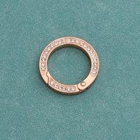 Keychains 간단한 자동차 키 체인 펜던트 크리 에이 티브 다이아몬드 반지 유니버설