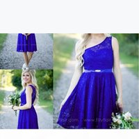 2017 Royal Blue Garden Short Lace Bridesmaid Dresses Country One Shoulder Mini Dress Cheap Party Dresses Junior Cheap Bridesmaid Dresses