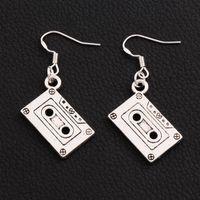 Pendientes de cinta de cassette de música 925 Pescado de plata Gancho de la oreja 30 pares / lote Antique Silver Chandelier E258 44.3x16.28mm ZHL2513