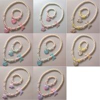 Bracelet de collier de perles pour enfants Deux pièces Set Love Stars Papillon Princesse Accessoires Dazzling Rose Coloré Perles Ensemble 1637 V2