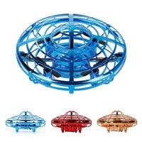 Novo Fidget Fitget Spinner Voando Spinner Retornando Giroscópio Crianças Brinquedo Presente Ao Ar Livre Gaming Saucer UFO Drone Q0423