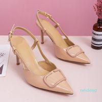 2021Quality Женская обувь Высокие каблуки Сандалии обнаженные цвет оказанные сандалии модные банкетные стилистские Обувь женская одежда Shoess Custed кожаная обувь
