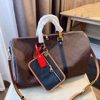 Moda Homens Mulheres Duffel Bags Designer Classic Letter Style Único Ombro Straddle Bag Grande Capacidade de Alta Qualidade Viagem ao ar livre de alta qualidade