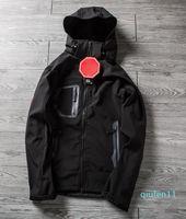 Classico uomo Oudoor con cappuccio Polartec Softshell North Jacket maschile sport antivento impermeabile viso traspirante viso invernale