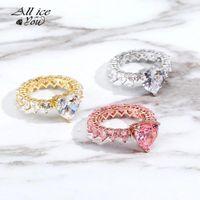 Iced out cubico zirconia zirconia anello cuore placcato oro hip hop di alta qualità donne gioielli di moda per sorelle regali anelli cluster