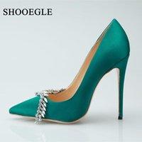 Shooegle Green Cristal Sapatos Mulheres Seda Fina Salto Alto Saltos Mulheres Strass Bombas Ponto Ponto Pessoa Vestido De Noiva de Partido Stiletto