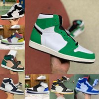 2021 Yeni 1 1 S Basketbol Ayakkabı Erkekler Kadınlar Kravat Boya OG Bio Hack Ampul Mavi UNC Patent Kırmızı Beyaz Siyah Kraliyet Büküm Yeşil Toe Mocha Tasarımcısı F17
