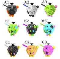 Игрушки второго поколения декомпрессионные кости против раздражительности снимают беспокойство 12 лицо священно кристаллическая игрушка
