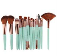 Makeup Brushes 18pcs Tool Set Cosmetic Powder Eye Shadow Foundation Blush Blending Beauty Make Up Brush Maquiagem