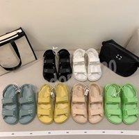 2021 Moda Casual Mulheres Velcro Plataforma Plana Sandálias Plana, Preto e Amarelo Menina Bonita Brand Chinelos, com Boxed 35-41