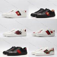2021 Haut de la qualité Bee Blanc Casual Designers de luxe Chaussures avec Snake Tiger Print Hommes Femmes Diaposibles Fond Red Fond Real Sneakers 35 ~ 44 Taille
