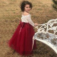 2021 Pretty Prenses Beyaz ve Kırmızı Dantel Bateau Çiçek Kız Elbise Uzun Kollu Tül Büyük Yay Kızlar Pageant Elbise Communion Düğün Örgün Parti için F13