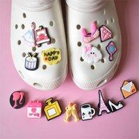16pcs 재미있는 매력 소녀 장난감 아이 장식 귀여운 PVC 구두 버클 슬리퍼 파티 맞는 Croc 액세서리 x-mas gifts backpack